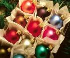 Boîte de boules de Noël