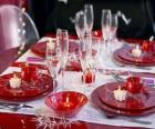 Table établi pour le jour de Noël