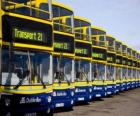 Les bus de Dublin dans le parking