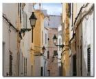 Rue de village à Minorque, Espagne