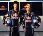 Sebastian Vettel et Mark Webber, le pilote de Red Bull Racing Scuderia