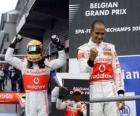 Lewis Hamilton célèbre sa victoire à Spa-Francorchamps, Grand Prix de Belgique 2010
