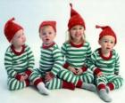 Les enfants déguisés pour Noël