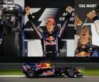 Sebastian Vettel fête sa victoire dans le Grand Prix Abu Dhabi (2010)