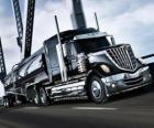 Gros camion noire