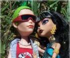 Cleo et Deuce, couple de monstres au lycée Monster High
