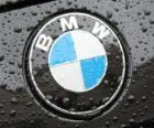 Logo BMW, marque automobile allemande