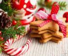 Canne en bonbon et des biscuits de Noël