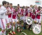 Ajax Amsterdam, champion de la ligue de football néerlandais Eredivisie 2013-2014