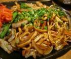 Yakisoba, cuisine japonaise