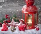 Lampe de Noël avec bougie avec décorations de houx