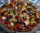 Pizza aux olives et poivrons