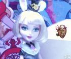 Bunny Blanc la fille du lapin blanc, est un Royal dans Ever After High