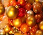 Assortiment de boules de Noël
