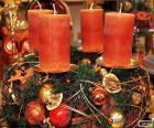 Quatre bougies dans un centre
