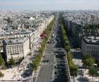 L'Avenue des Champs-Elysées, Paris