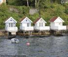 Maisons sur le lac, Norvège