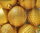 Boules d'or pour Noel