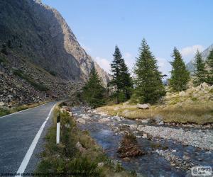 Puzzle Rivière, route de montagne