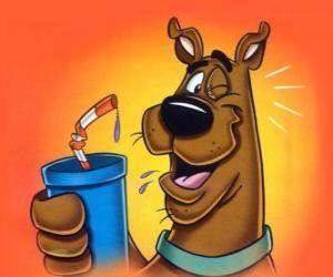 Puzzle Scooby Doo avec une boire