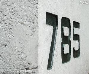 Puzzle Sept cent quatre-vingt-cinq