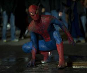 Puzzle Spider-man dans les rues de New York