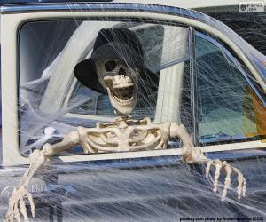 Puzzle Squelette dans une voiture, squelette Halloween