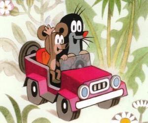 Puzzle Taupek la petite taupe au volant d'une jeep, avec la petite souris