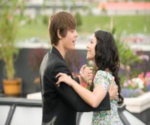 Puzzle Troy Bolton (Zac Efron) danse à Gabriella Montez (Vanessa Hudgens)